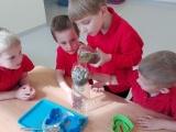 Lekcja o wodzie w klasie Orłów